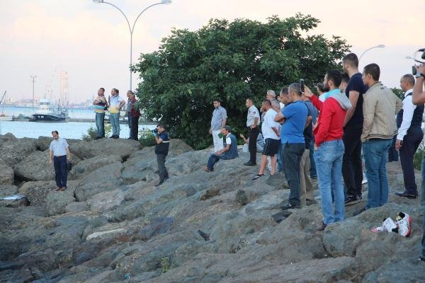 Samsun'da Denizde Erkek Cesedi Bulundu