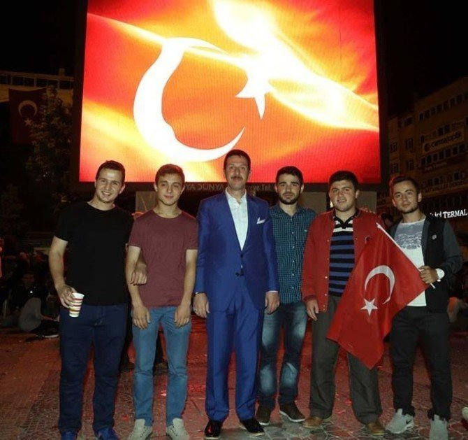"""Başkan Tok: """"Dünya Türkiye'yi Şaşkınlıkla İzliyor"""""""