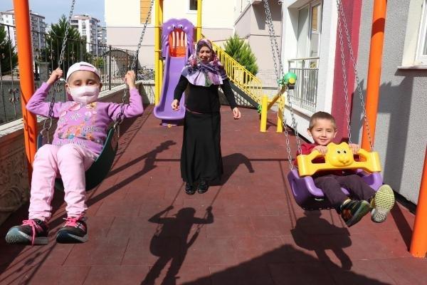 Samsun'da 3 Buçuk Yaşındaki Can'ın İliği 9 Yaşındaki Ablasına Uyum Sağladı