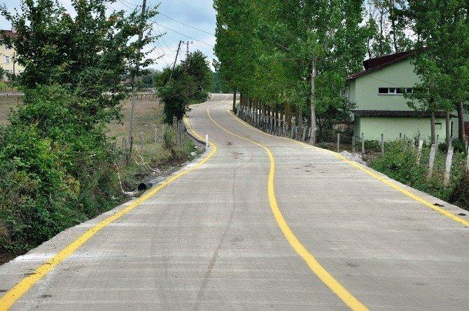 Samsun'da Kırsal Mahalleler Beton Yollarla Örülüyor
