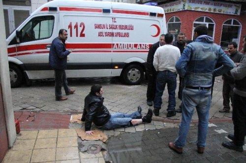 Samsun'da Sokak Ortasında Silahlı Saldırı: 2 Yaralı
