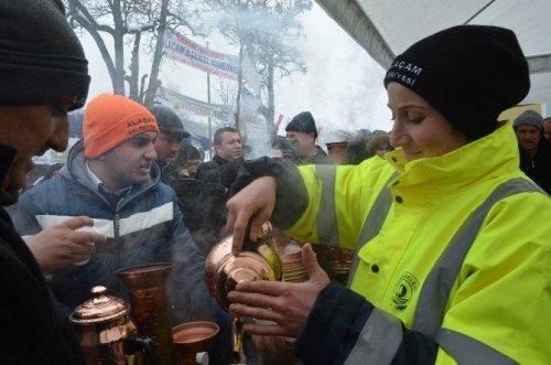 Samsunlular Kar Altında Nevruz Kutladı