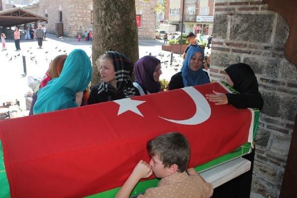 Bursa'da Cezaevinde Ölü Bulunan Sinoplu Savcı Seyfettin Yiğit Toprağa Verildi