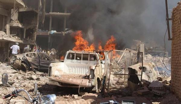 Suriye Kamışlı'da Bomba Patladı Türkiye'de Vuruldu