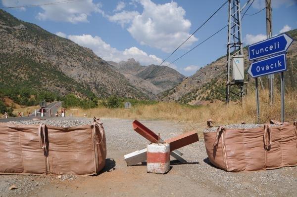 Tunceli'de Çatışma Karayolu Trafiğe Kapatıldı