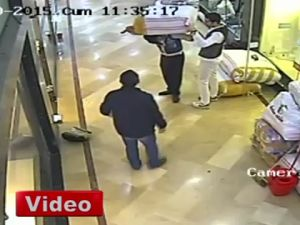 Arsız Hırsız Çalarken Yardım İstedi